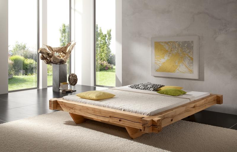 Schlafzimmer aus Holz – von Bett bis Nachtschrank